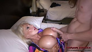 Massive jugged, platinum-blonde grandma doesn't plan not far from restrain penetrating men, because it perceives so excellent